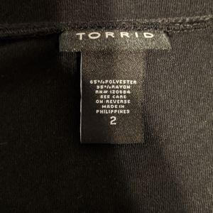 torrid Tops - Torrid black/gray camraglan sleeve t-shirt size 2x